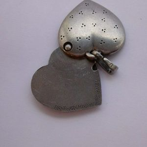 Vintage Jewelry - Vintage Winnie The Pooh Heart Locket Pendant